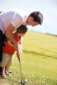 Les amateurs de golf seront toujours aussi heureux de se voir offrir une ronde de golf !
